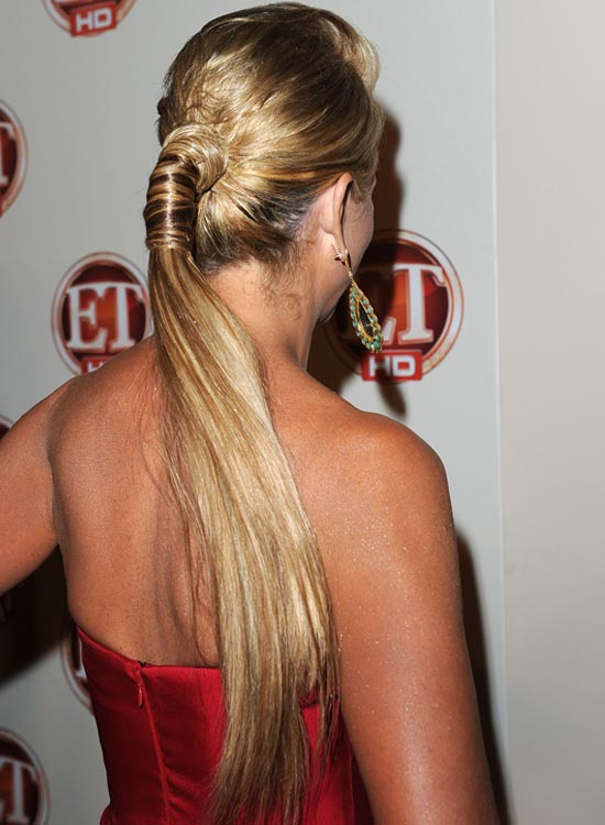 Puffy-Ponytail-with-Wraps