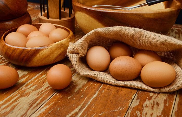 3.-Egg-And-Aloe-Vera-For-Hair-Growth