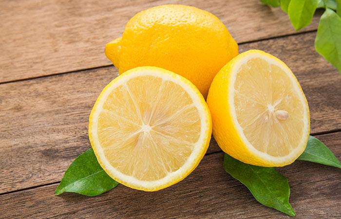 7.-Lemon-And-Aloe-Vera-For-Hair-Growth
