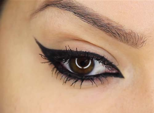 How To Apply Liquid Eyeliner - Here's what you get!