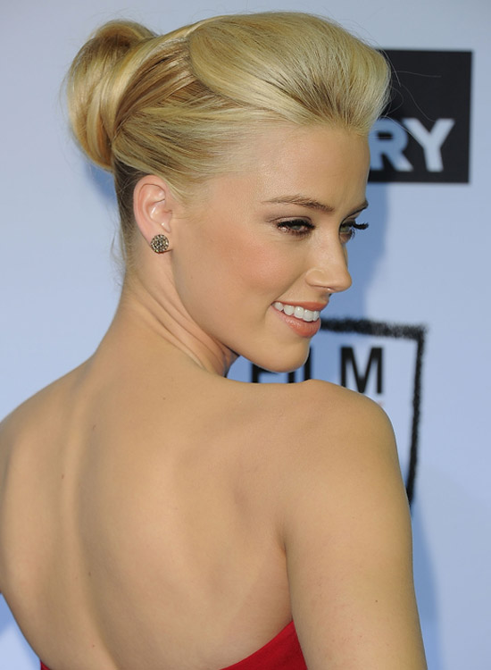 Simple Semi-High Bun with Pouf