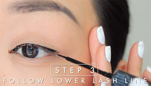 How To Apply Liquid Eyeliner - Step 3 Create The Wing
