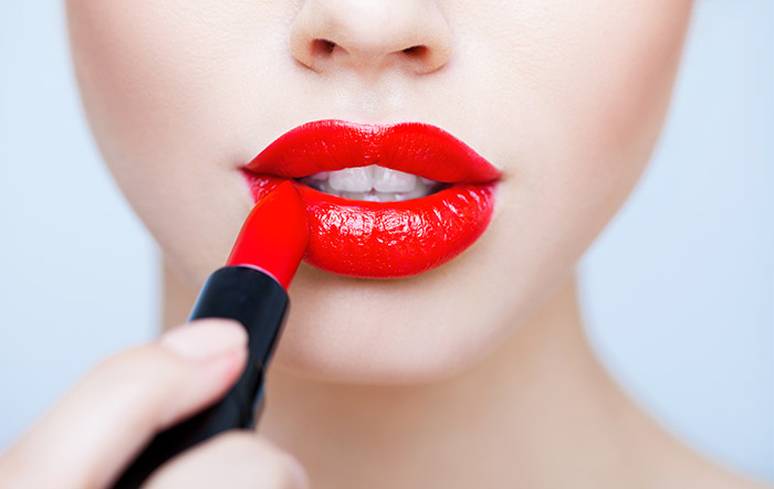 Amazing Makeup Tips And Tricks - Lip Liner And Lipstick Tips