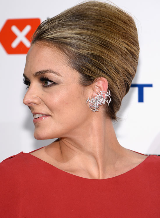 Smooth-Polished-Bouffant-with-Beautiful-Highlights