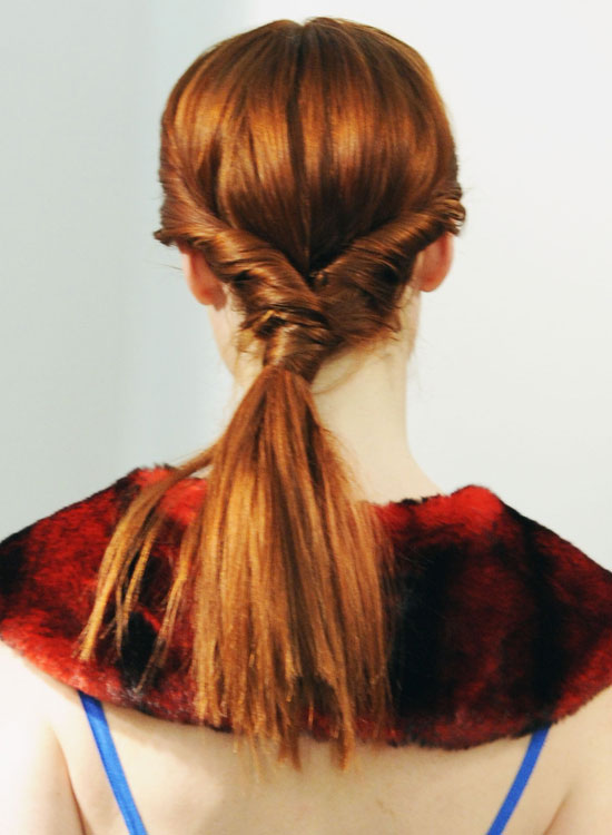 Thick-Low-Ponytail-with-Side-Twists-and-Hair-Wrap