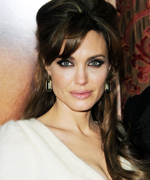1. Angelina Jolie - Famous Celebrity With The Most Beautiful Eyes In The World
