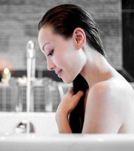 11 Brilliant Homemade Hair Rinses That Work Wonders