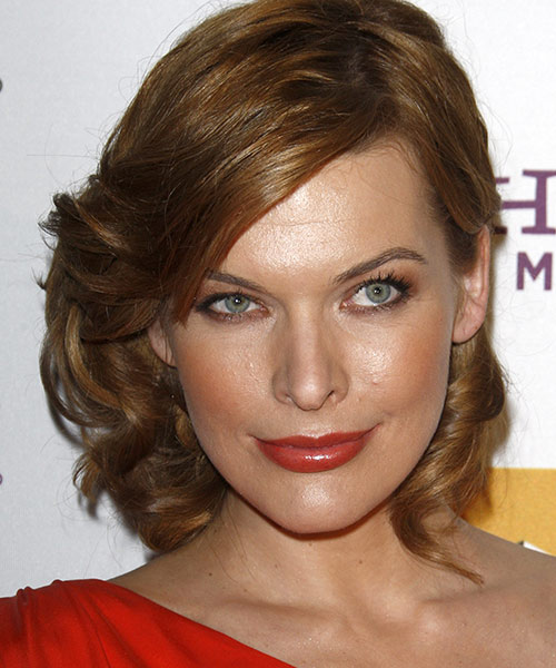 20. Milla Jovovich - Famous Celebrity With The Most Beautiful Eyes In The World