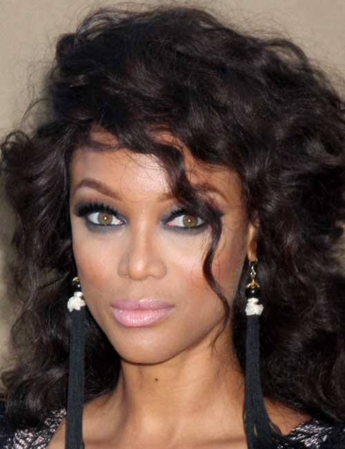 3. Ultra Texturized Curls Half Updo