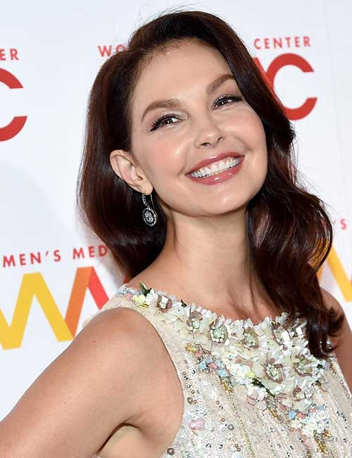 Hairstyles For Heart-shaped Face - Ashley Judd