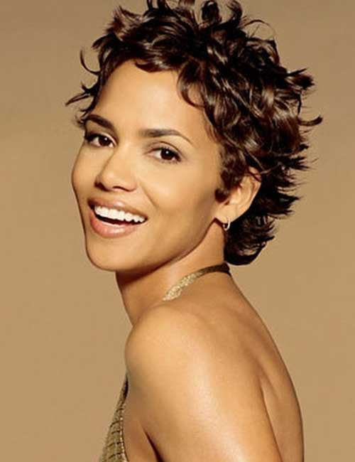 Hairstyles For Heart-shaped Face - Halle Berry