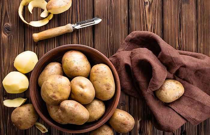 Potato-Juice-For-Skin-Blemishes