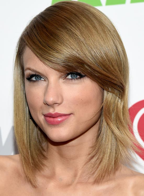 2. The Sleek Taylor Cut:
