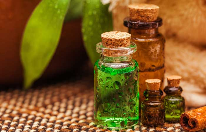 2.-Deep-Conditioning-With-Tea-Tree-Oil