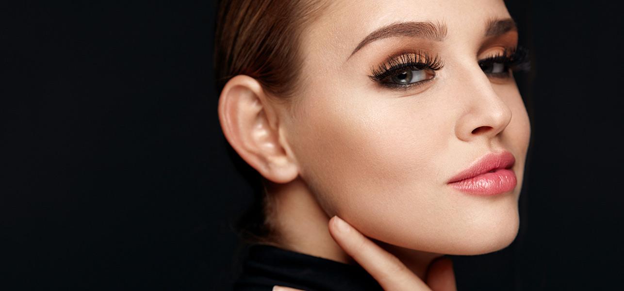 9-Natural-Remedies-To-Get-Beautifully-Long-Eyelashes