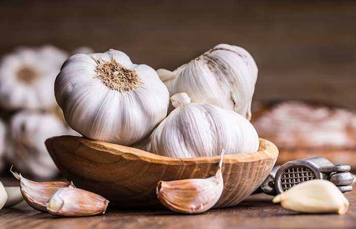 How To Get Rid OF Acne Scars - Garlic