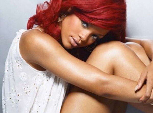 Top 10 Rihanna's Fab Hairstyles You Can Try
