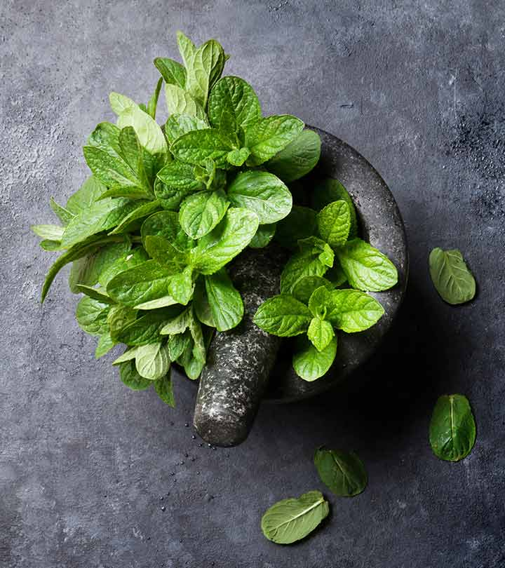 10 Easy Ways To Use Mint Leaves To Get Rid Of Acne Scars