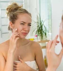 9 Home Remedies To Get Rid Of Flaky Skin On Face: Causes And Prevention Tips