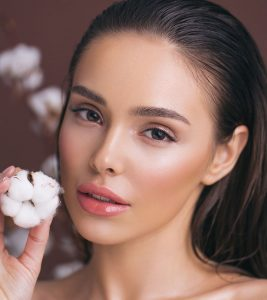 How To Get Dewy Skin – Easy Tips