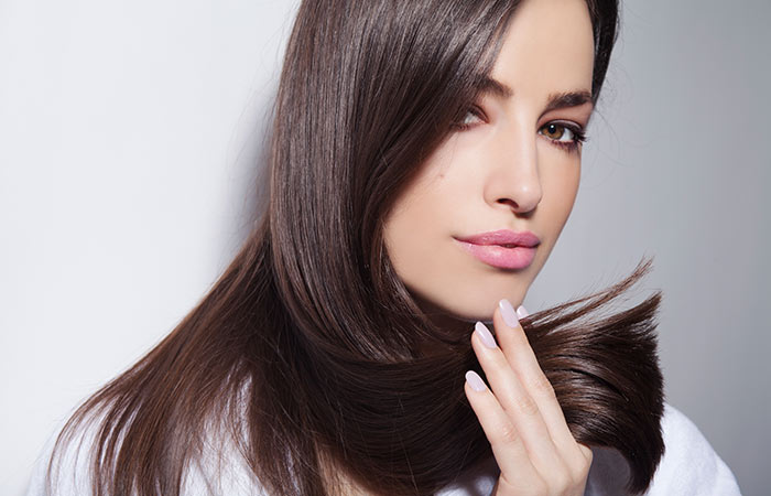 How-To-Get-Shiny-Hair-At-Home-13