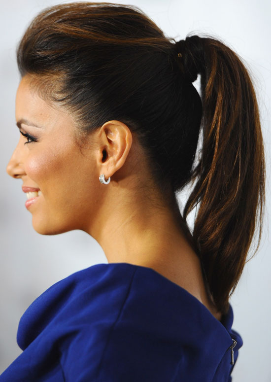 Ponytail-with-Puffy-Top-and-Inward-Curls