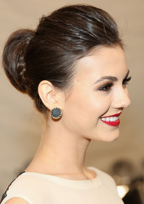 Silky-Semi-High-Bun-with-Puffy-Top