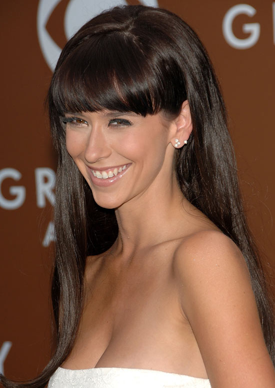 Straight-Loose-Hair-with-Front-Fringes-and-Curly-Ends