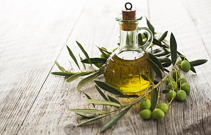 Make Your Feet Soft With Olive Oil