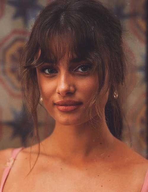 Best Long Hair With Bangs Looks - Messy Ponytail With Bangs