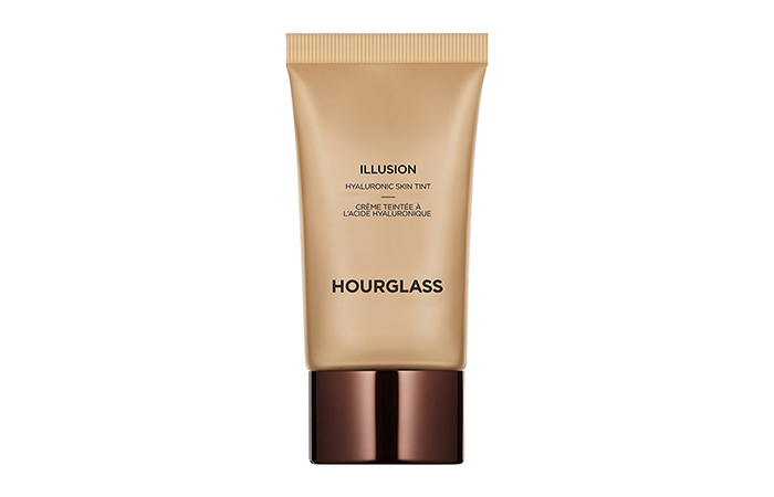 Best Foundations For Dry Skin - Hourglass Illusion Hyaluronic Skin Tint Broad Spectrum