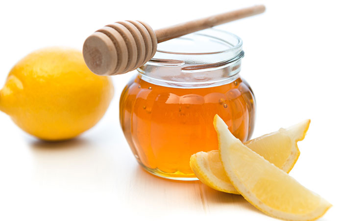 7.-Lemon-And-Honey-For-Armpit-Hair-Removal
