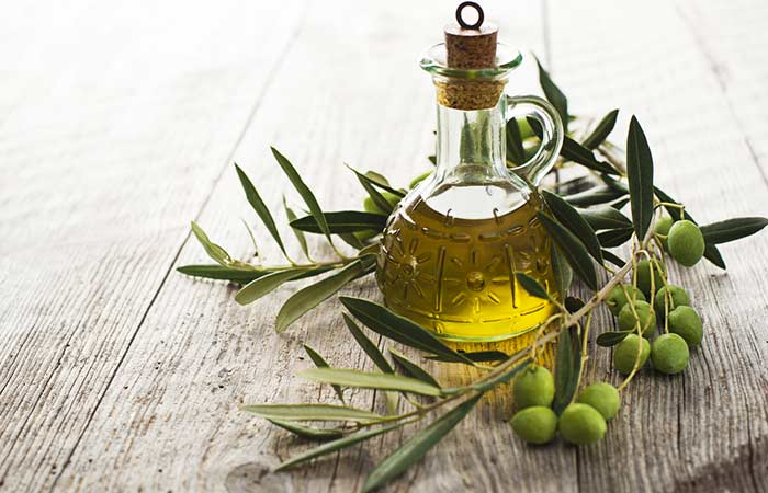 8. Simple Natural Treatments For Nourishing Your Hair
