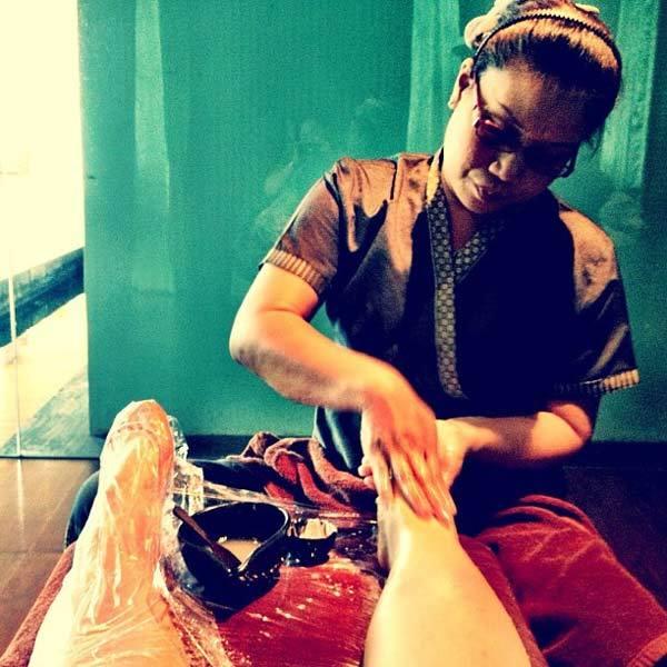 Die foot scrub for foot