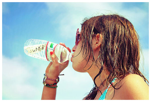 Günde 8-10 bardak su için