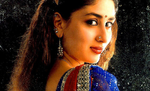 Kareena Kapoor with loud makeup
