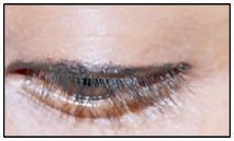 Eyeliner'ın Daha Uzun Kalmasını Sağlayın