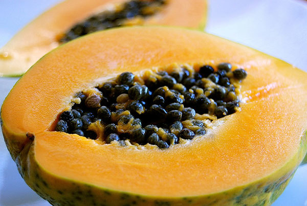 Papaya face pack for sensitive skin