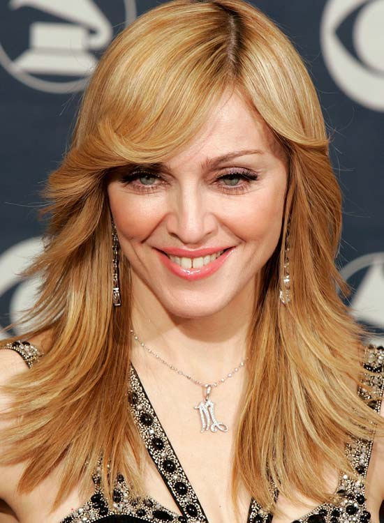 Smooth-Outward-Feathered-Layers-with-Curly-Bangs