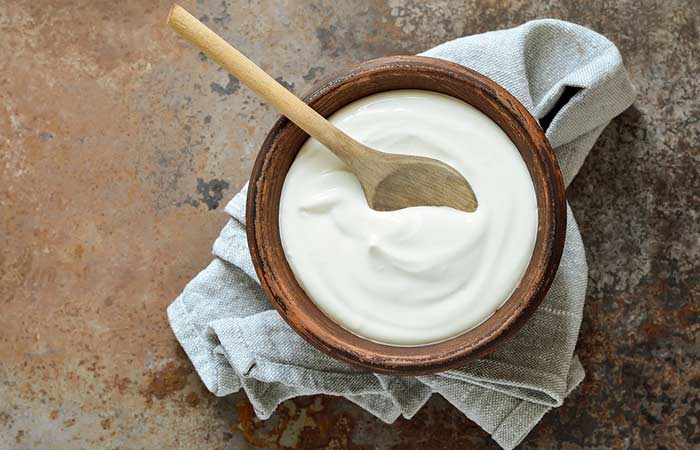 Yogurt For Dull Hair