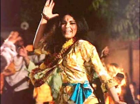 Zeenat Aman colorful dressing for Hare Rama Hare Krishna