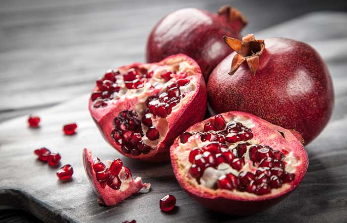 Best Homemade Face Packs For Acne - Pomegranate And Tomato Face Pack