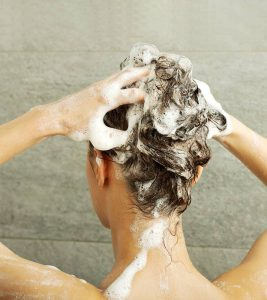 Tips for Choosing The Right Shampoo to Control Your Hair Fall?