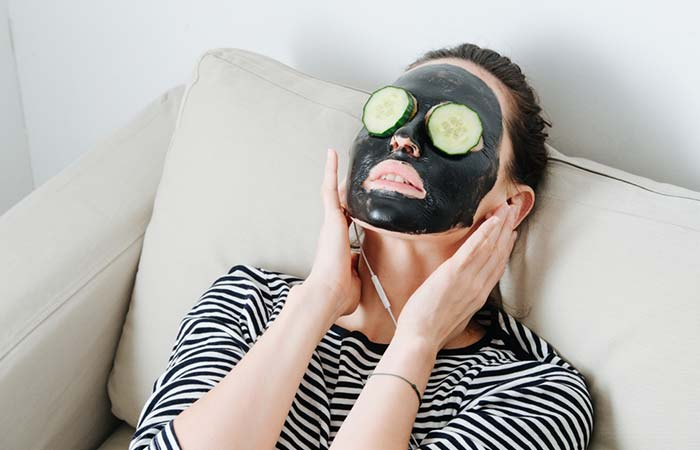 Activated Charcoal And Aloe Vera Face Mask