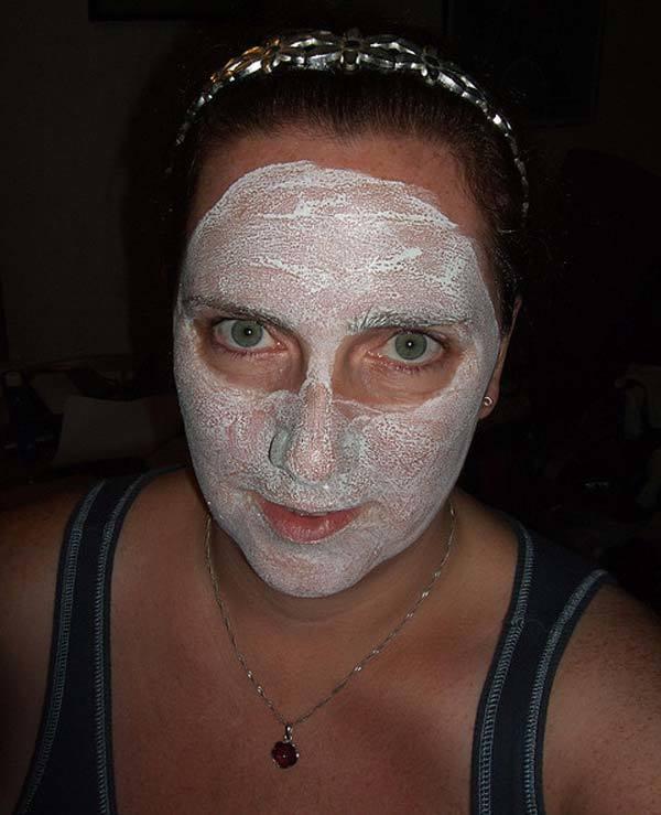 Almond mask for pre bridal skin care