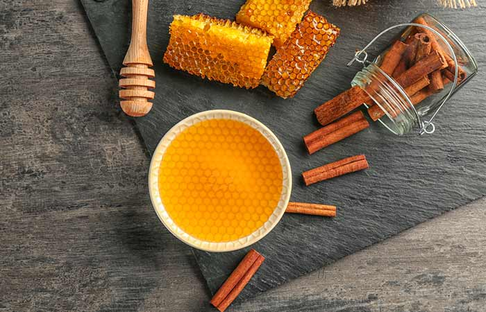 Cinnamon And Honey Face Mask