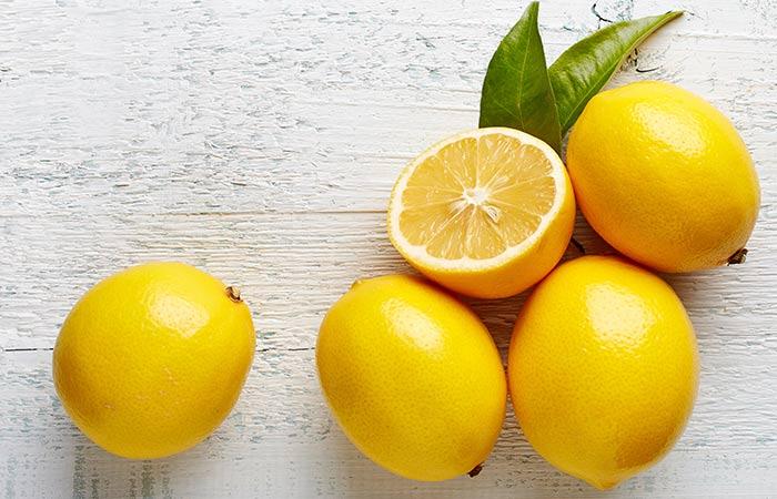 Oats-And-Lemon-Face-Pack