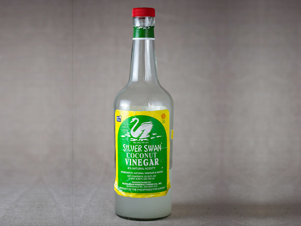 Vinegar toner for glowing skin