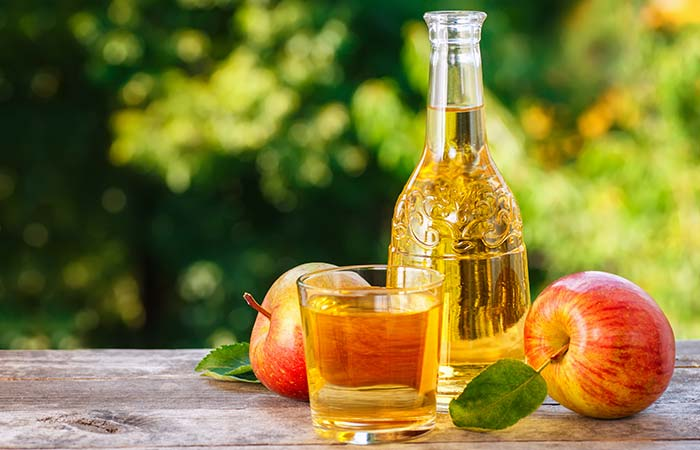 2. Apple Cider Vinegar For Facial Scars