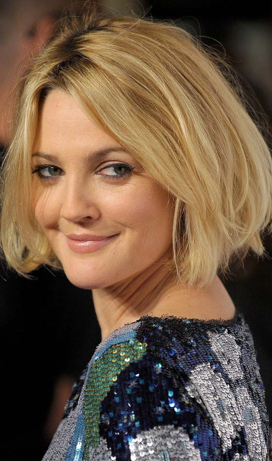 Short Shag Hairstyle for Round Face